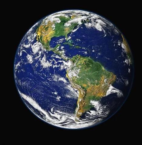 Dieses Bild hat ein leeres Alt-Attribut. Der Dateiname ist Erde.jpg